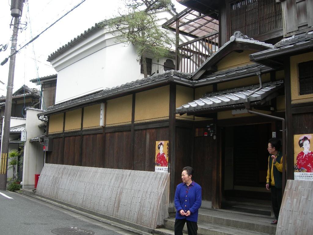 京都祇園やなぎ(茶屋) 040